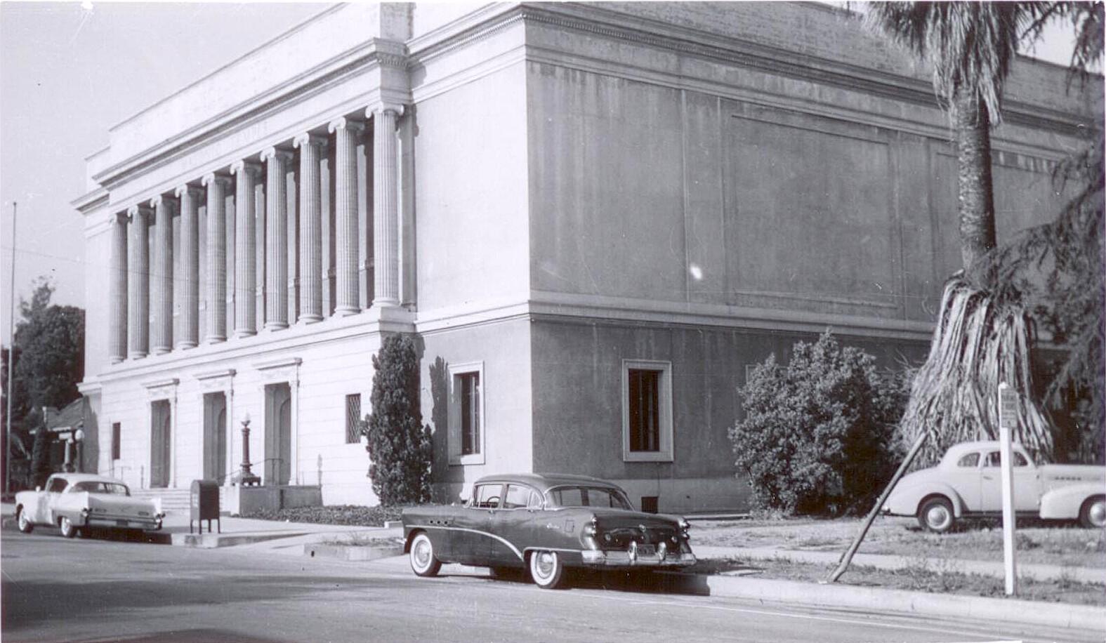Exterior Pasadena Masonic Temple